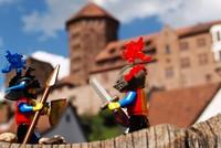 Lego-Ritter vor der Burg